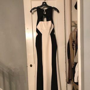 BCBG GOWN - Bethany Dress